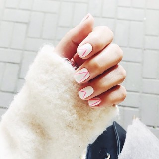 apply cuticle oil to dry nails cure
